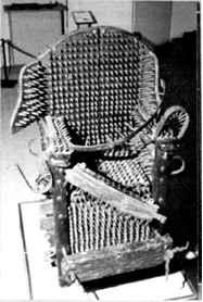 Seculodasfraudes_historiadasigrejas_CNSC_cadeira